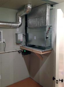 Floor mounted fan coil unit